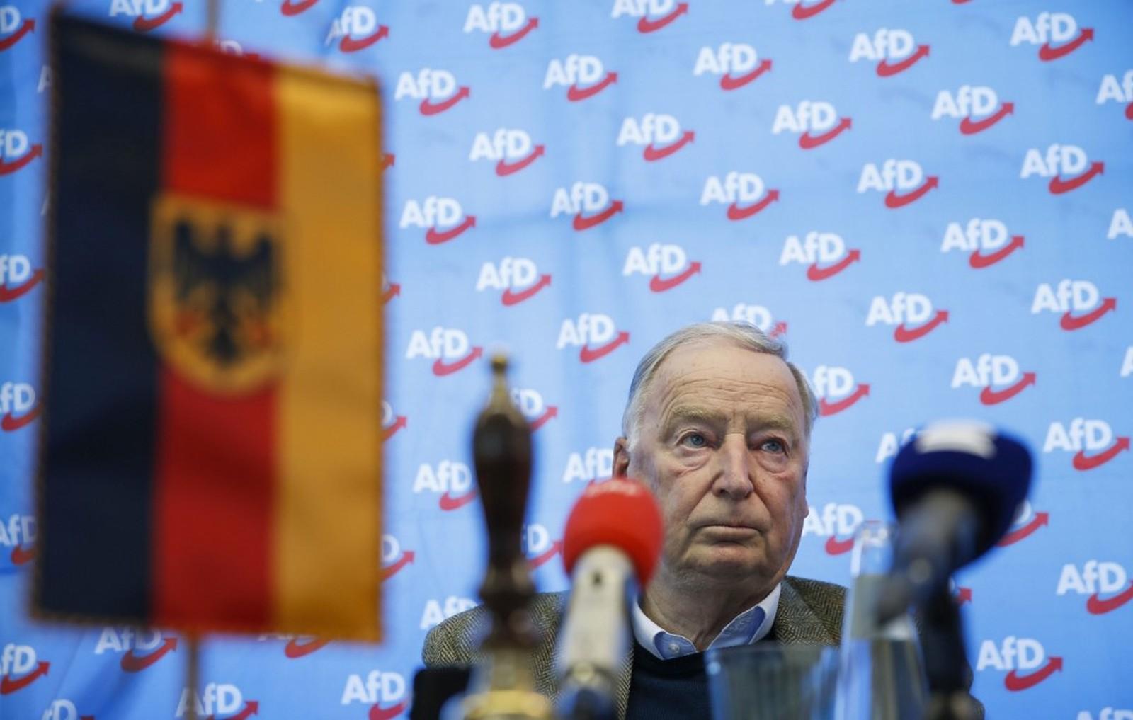 Alemanha debate colocar bandeiras nacionais em escolas