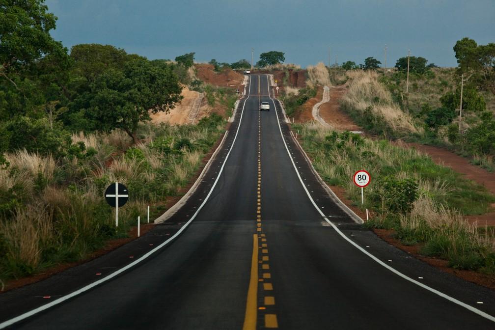 A maior extensão, de 2.858 km (52,2%), tem a pavimentação regular em MT — Foto: Rafael Manzutti/Sinfra MT