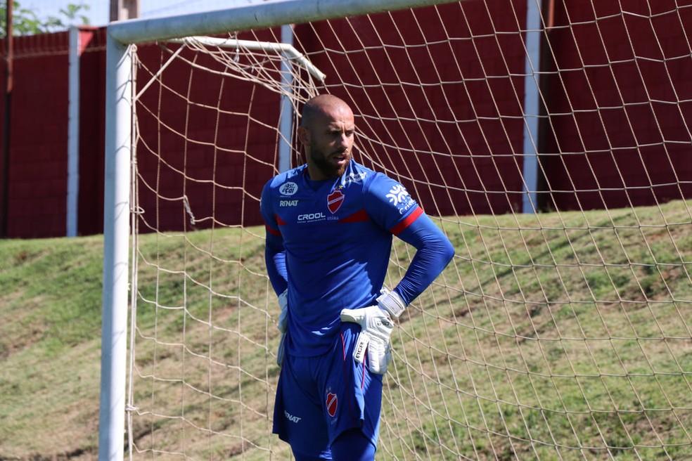 ... Rafael Santos será titular contra o Paysandu — Foto  Comunicação   Vila  Nova 481df1d1e0c15