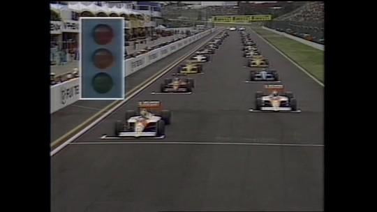 Especial na TV e estátua celebram os 30 anos da conquista de Senna
