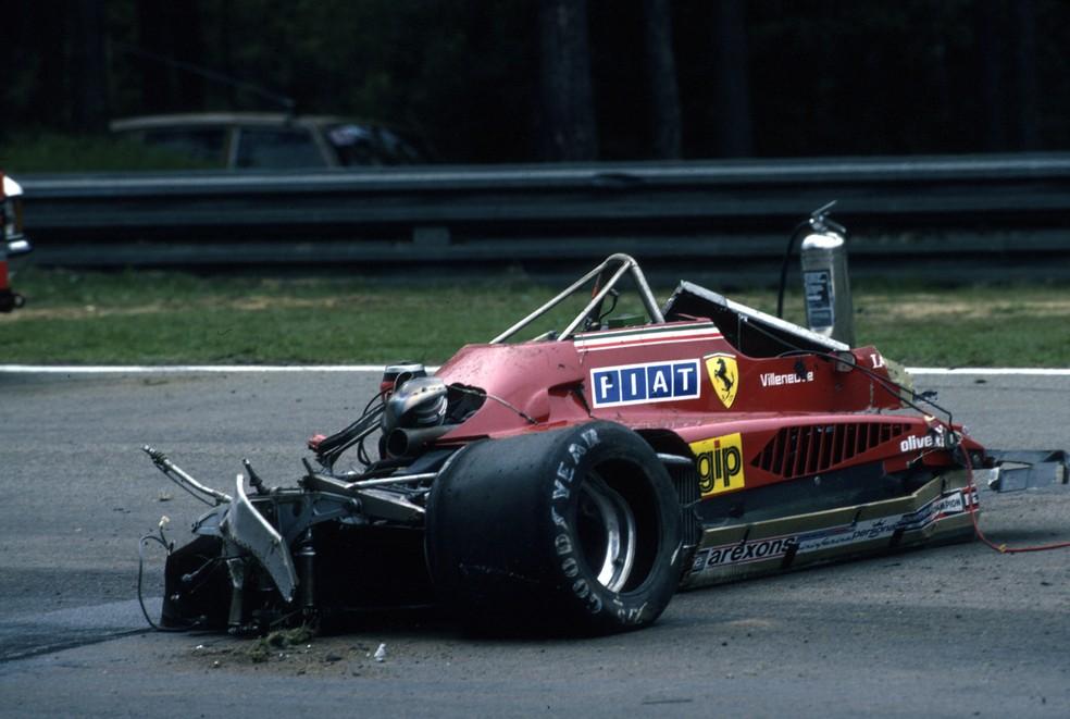 Carro de Villeneuve ficou destruído após acidente em Zolder, em 1982 — Foto: Getty Images