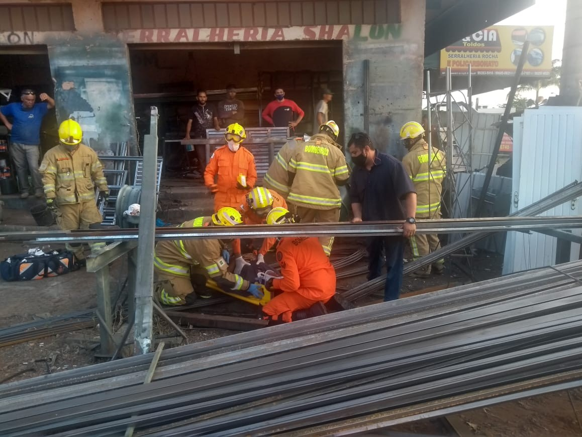 Tambor explode e deixa funcionário gravemente ferido em serralheria no DF