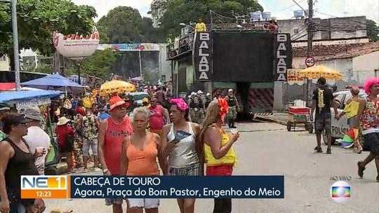 Bloco Cabeça de Touro anima foliões com seis trios elétricos na Zona Oeste do Recife