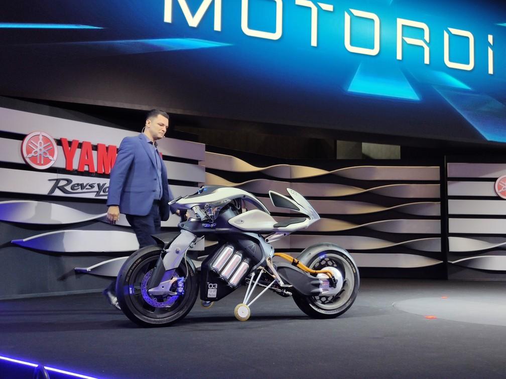 Yamaha apresenta conceito de moto autônoma — Foto: Fábio Tito/G1