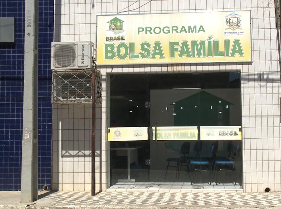 CGU constatou que 54% da população de Piancó, no Sertão da Paraíba, está cadastrada no programa Bolsa Família (Foto: Reprodução/TV Paraíba)