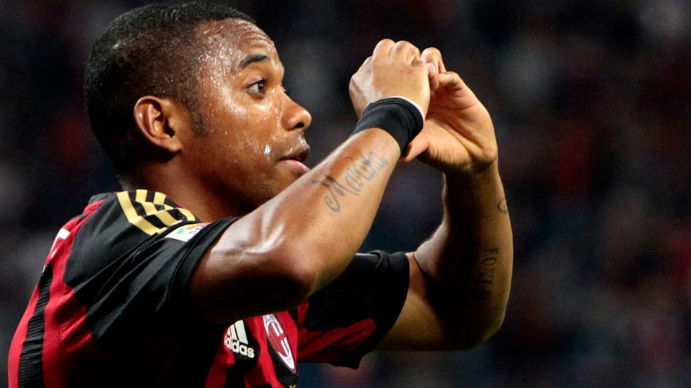 Em 2013, Robinho defendia o Milan (Foto: Agência Reuters)