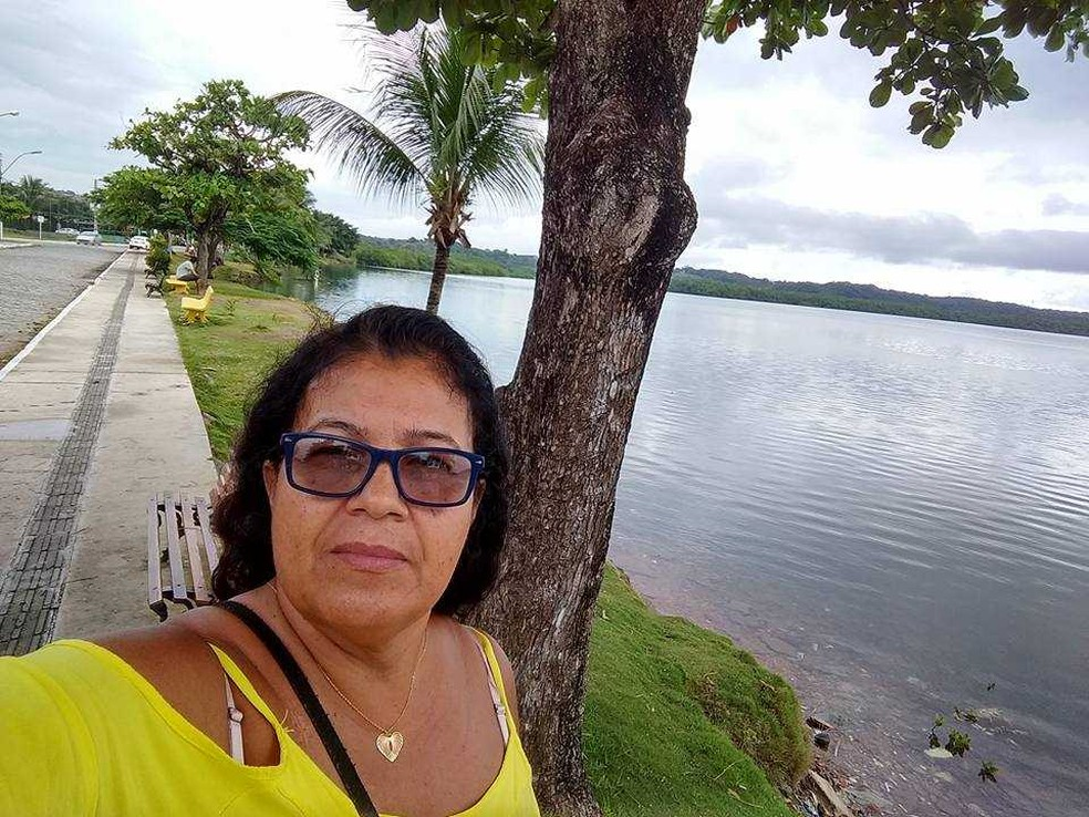 Maria Ferreira foi atacada por assaltante quando andava de moto em Itabuna. (Foto: Reprodução/facebook)