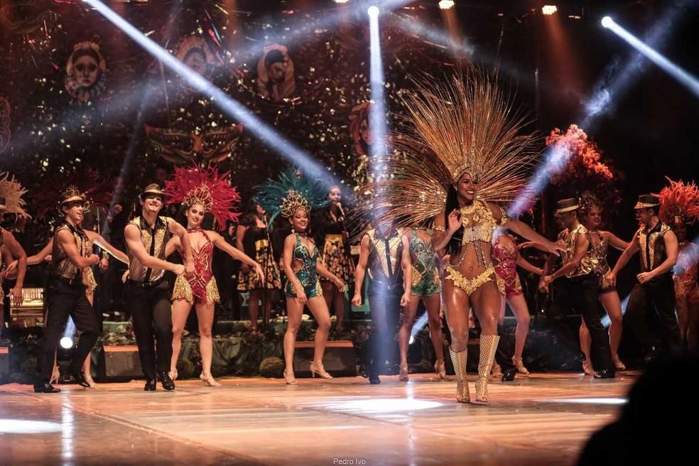 Samba também faz parte do espetáculo (Foto: Luiz Henrique Menezes /Divulgação)