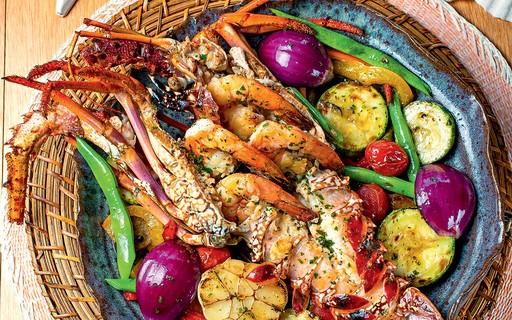 Receita de lagosta com camarões e molho de espumante