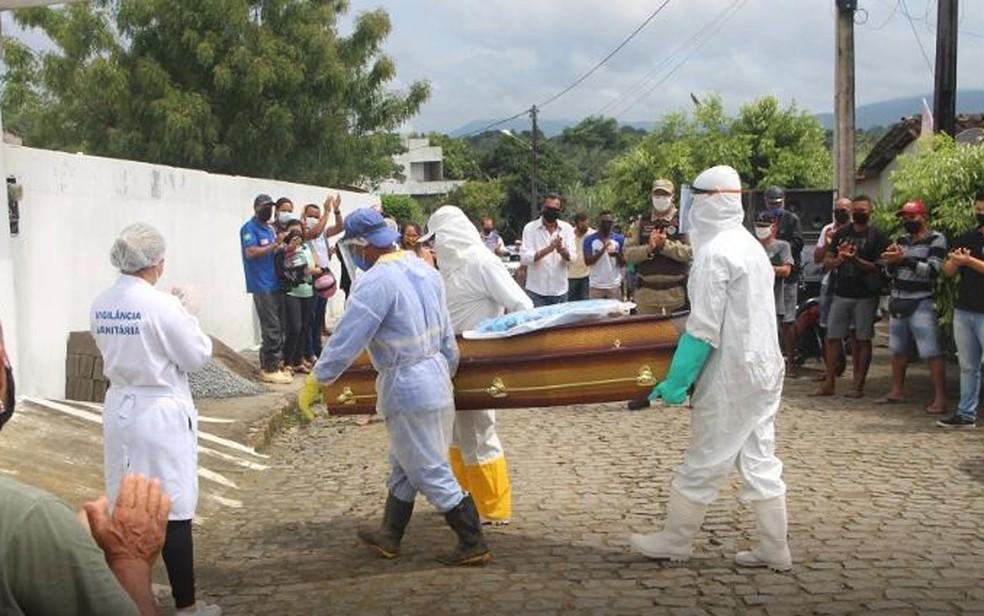 Entero de Jotinha ocorreu no dia 6 de novembro, na Bahia — Foto: Divulgação/Site Recôncavo no Ar