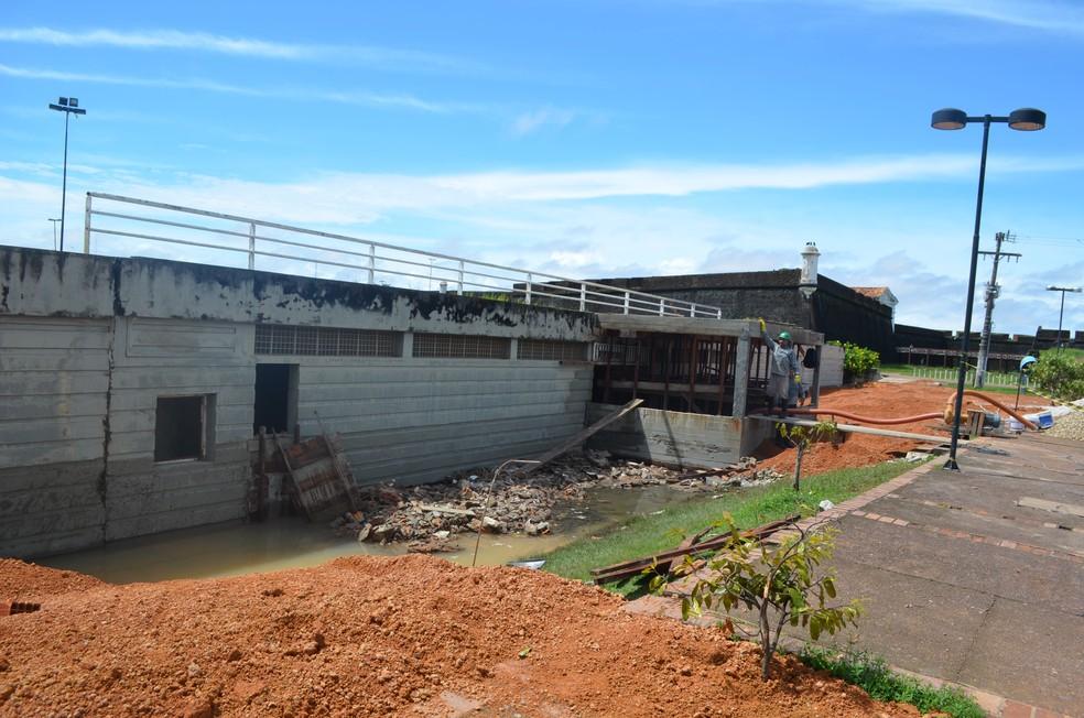 -  Banheiros do Parque do Forte começam a ser trocados por subetação de energia  Foto: Jorge Abreu/G1