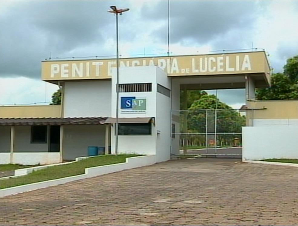 Resultado de imagem para penitenciaria lucelia