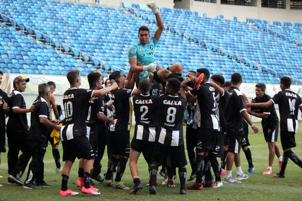 ABC é tricampeão do estadual sub-17 e Gomes é festejado (Foto: Diego Simonetti/Blog do Major)