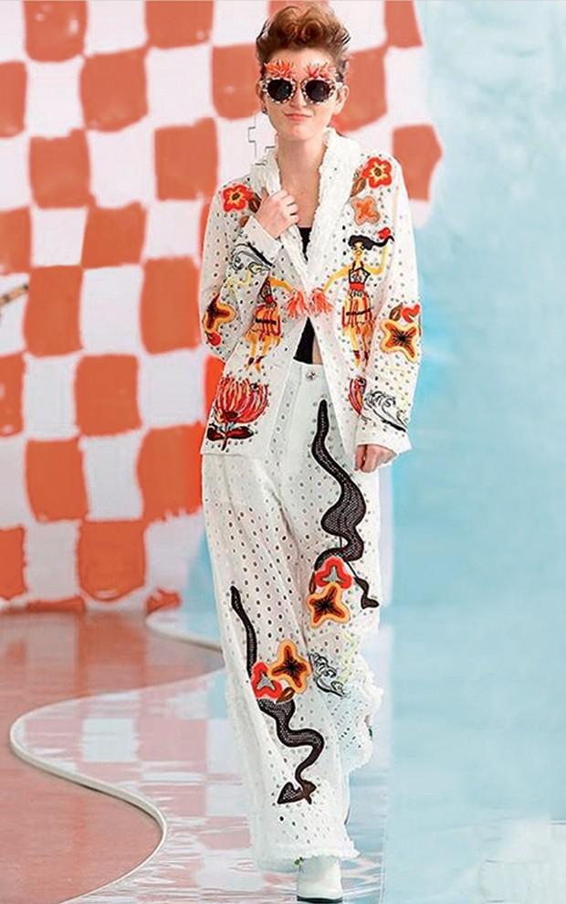 Ucha Meirelles Japonismo (Looks do estilista Tsumori Chisato) (Foto: Divulgação)