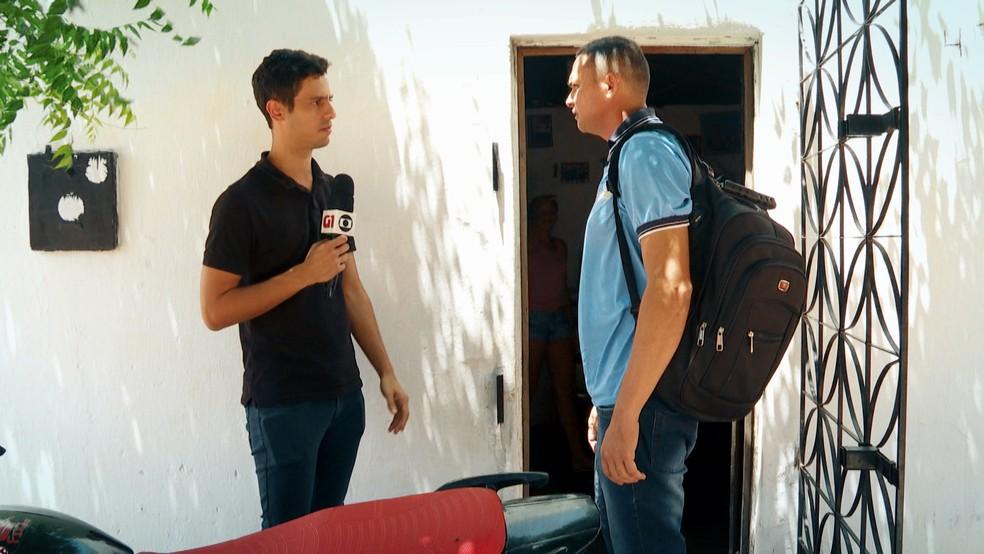 Repórter Julio Molica conversou com agentes de saúde na cidade de General Sampaio, no Ceará — Foto: Reprodução/TV Globo