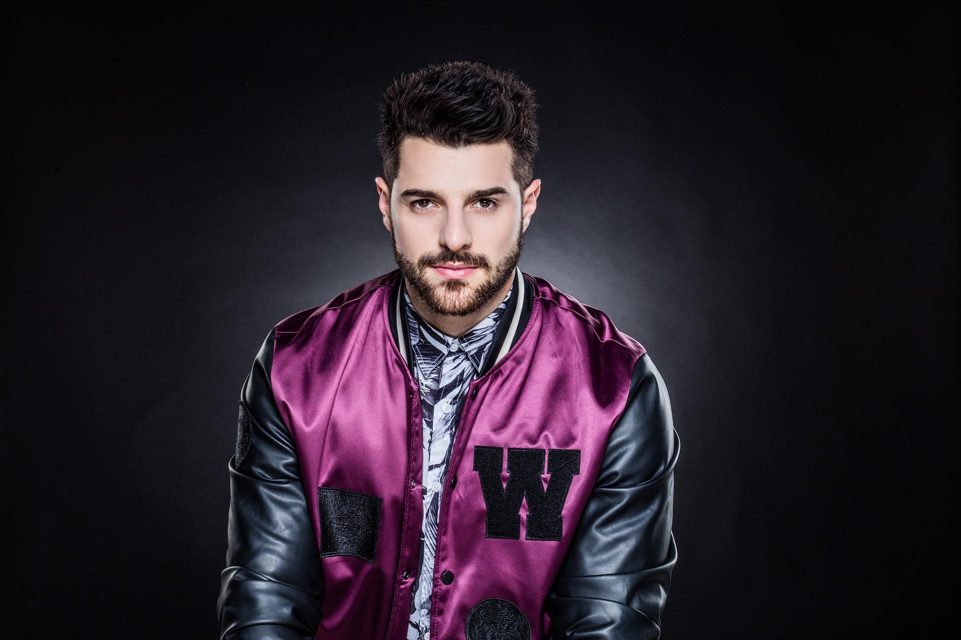 DJ Alok lança single com cantor inglês enquanto aguarda a edição de música gravada com Anitta