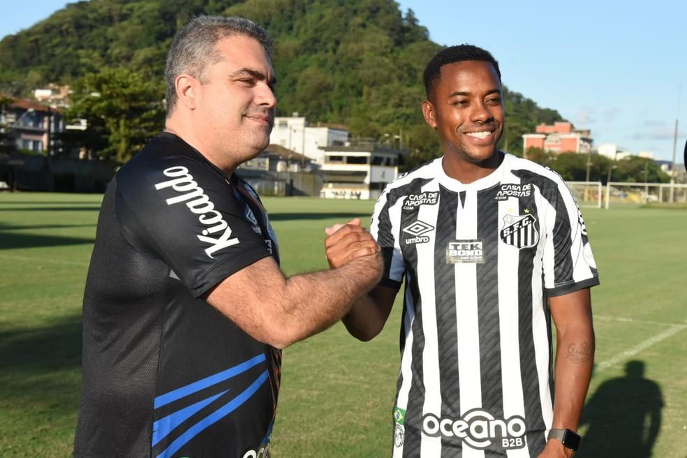 Conselho Deliberativo do Santos vai analisar contratação de Robinho na  próxima quarta-feira | santos | ge