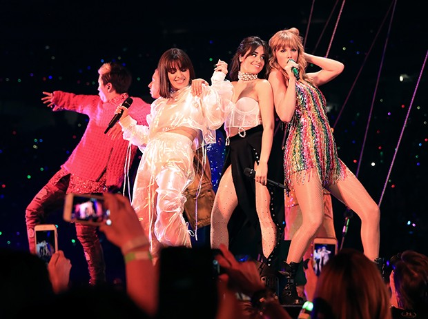 Charli XCX, Camila Cabello e Taylor Swift (Foto: Getty Images)