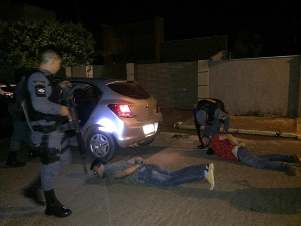 Polícia prendeu suspeitos do crime — Foto: PM-MT/ Divulgação