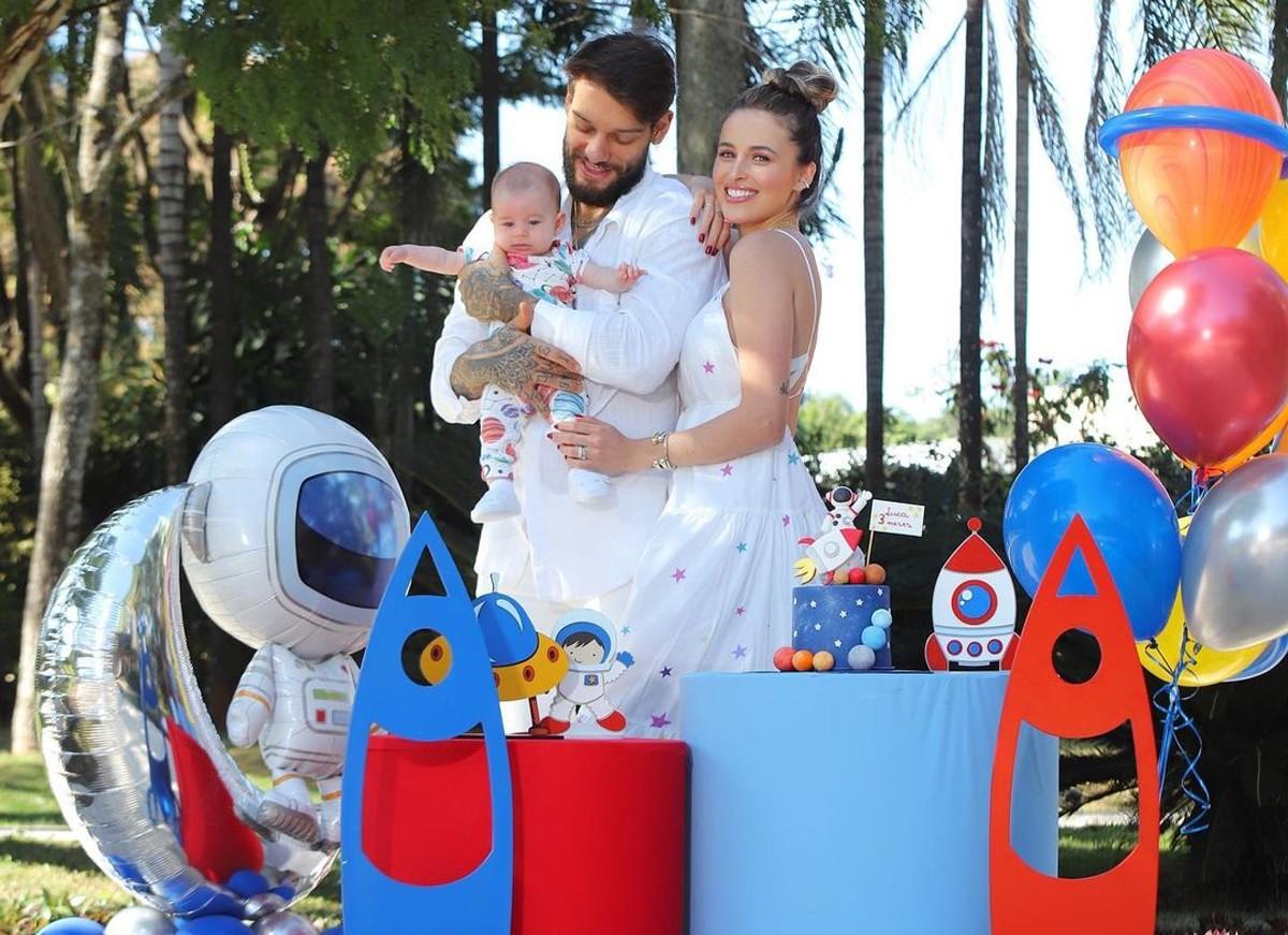Lucas Lucco e Lorena Carvalho comemoram os 3 meses de Luca (Foto: Reprodução / Instagram)