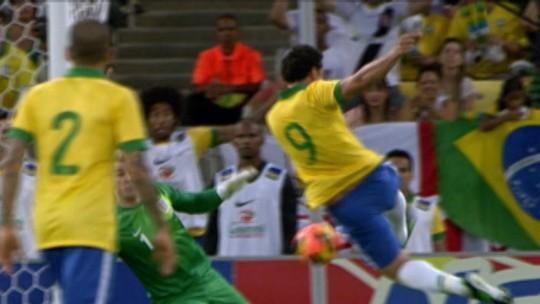 Seleção inglesa confirma convocação de Rooney para jogo de despedida contra EUA