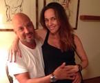 Flávia Monteiro e o marido, Avner Saragossy  | Reprodução