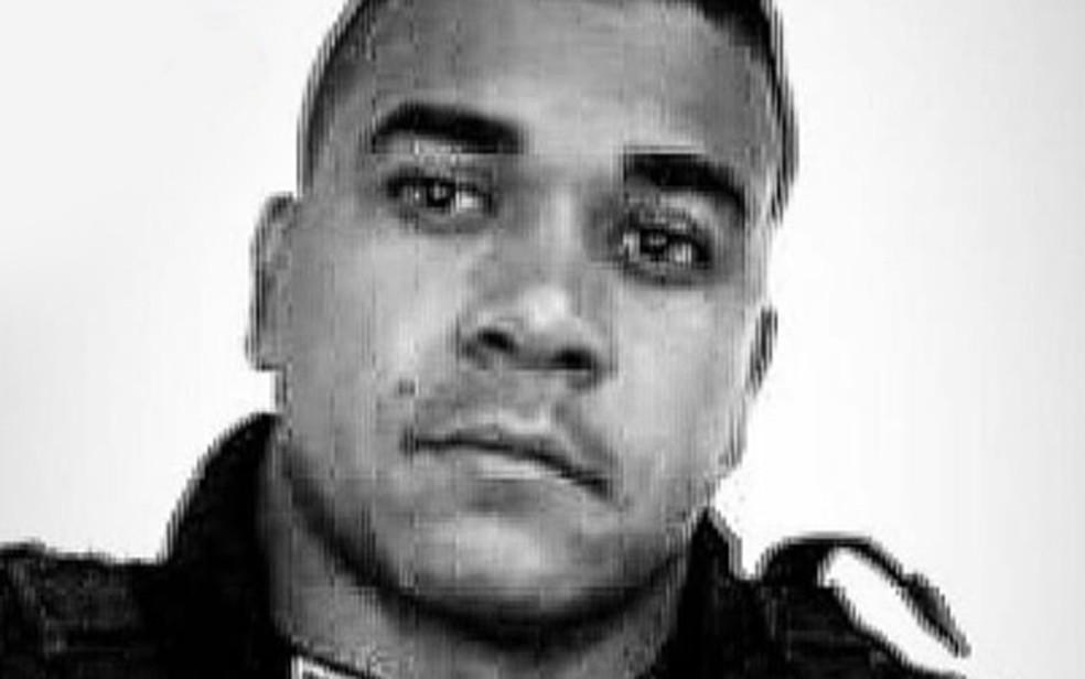 Soldado Clécio Vagner Santos morreu no Hospital da Polícia Militar (Foto: Reprodução/Instagram)