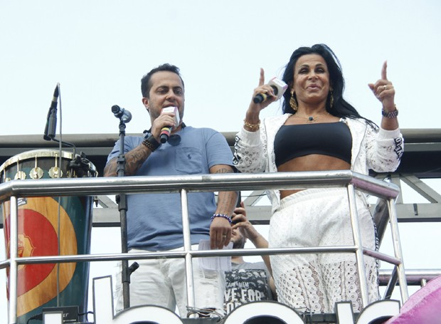 Thammy Miranda e Gretchen (Foto: Marcos Ferreira/Brazil News)