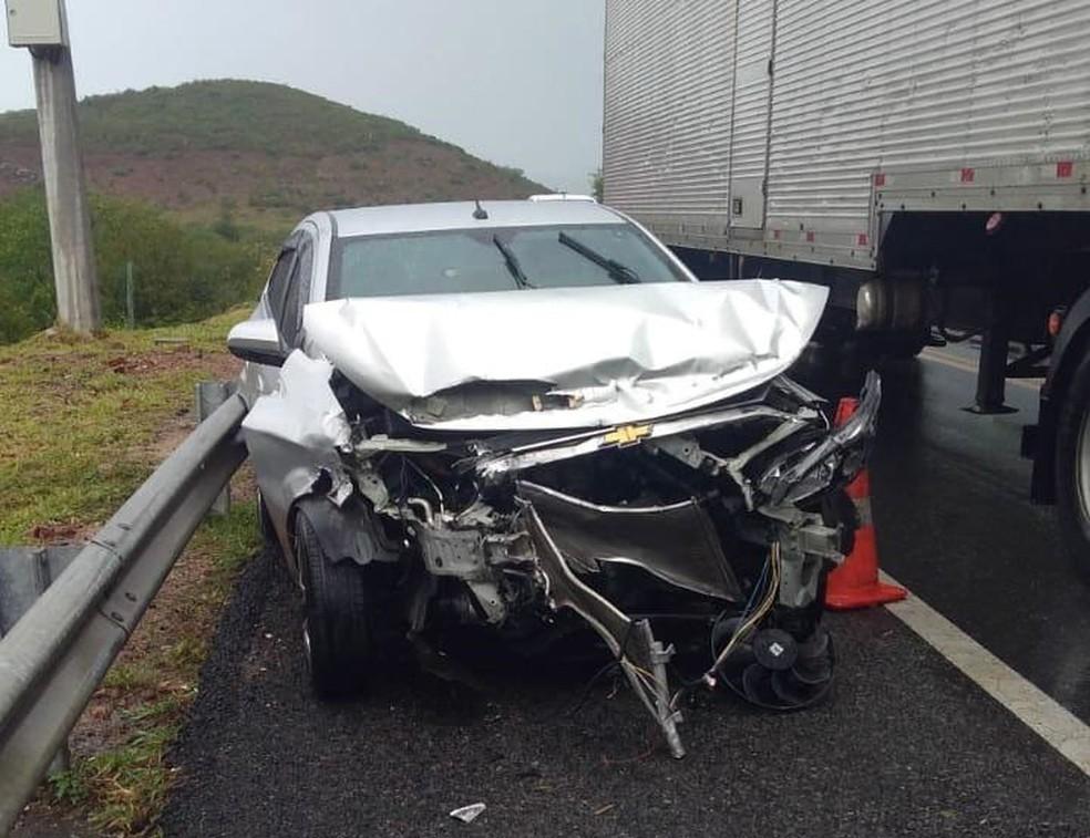 Caso ocorreu na BR-116,. altura de Jequié, cidade do sudoeste da Bahia, na manhã desta sexta-feira (3).  — Foto: Blog Marcos Frahm
