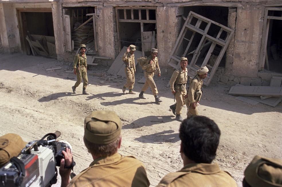 Soldados afegãos durante a Guerra do Afeganistão, em março de 1989 — Foto: Andrew/Sputnik/Sputnik via AFP/Arquivo