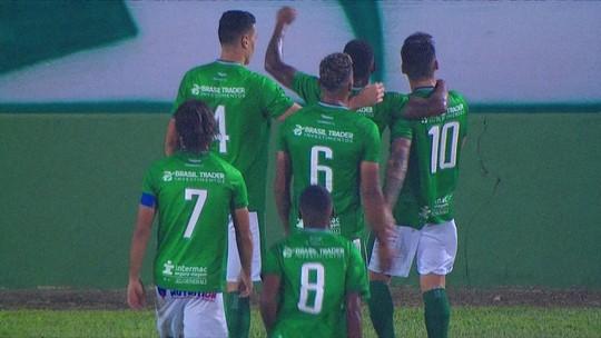 """Arthur Rezende celebra """"flechada"""" no primeiro gol pelo Guarani e planeja chegar à parada no G-4"""
