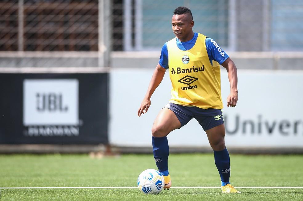 Campaz ainda se adapta ao Grêmio — Foto: Lucas Uebel/DVG/Grêmio