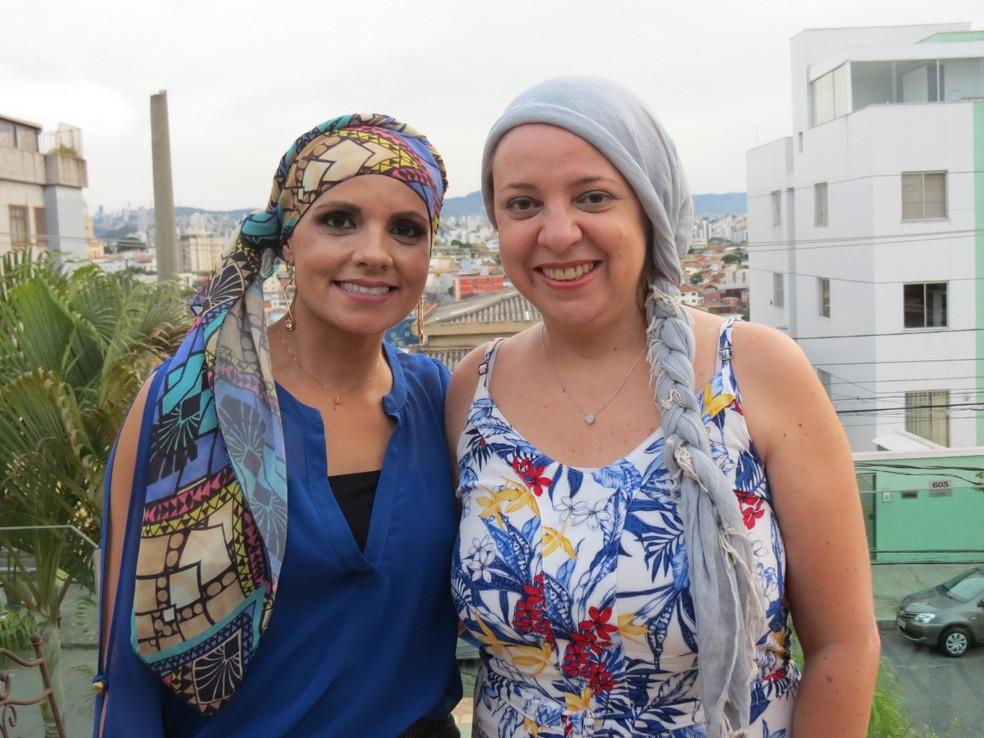 As amigas Nádia Bueno e Karina Cotta, do projeto 'A Vida é Bela', voltado pra mulheres com câncer — Foto: Áurea Andrade