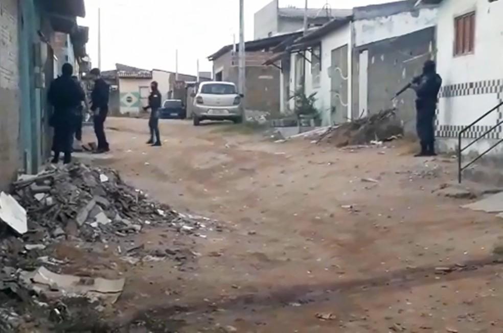Em Natal, a operação foi batizada de Contendas, e também cumpre mandados de prisão, busca e apreensão   — Foto: Polícia Civil do RN/Divulgação