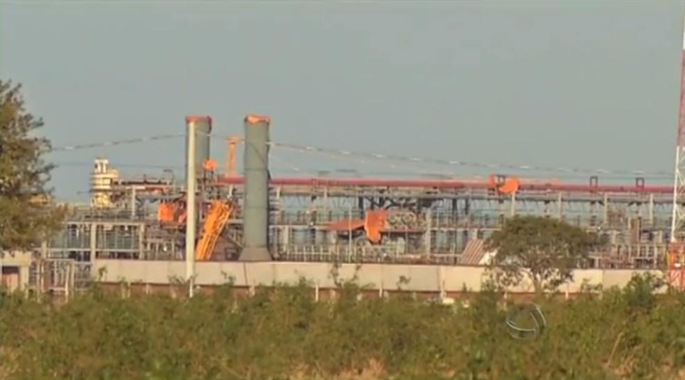 Obra de fábrica da Petrobras em Três Lagoas (MS) (Foto: Reprodução/TV Morena)