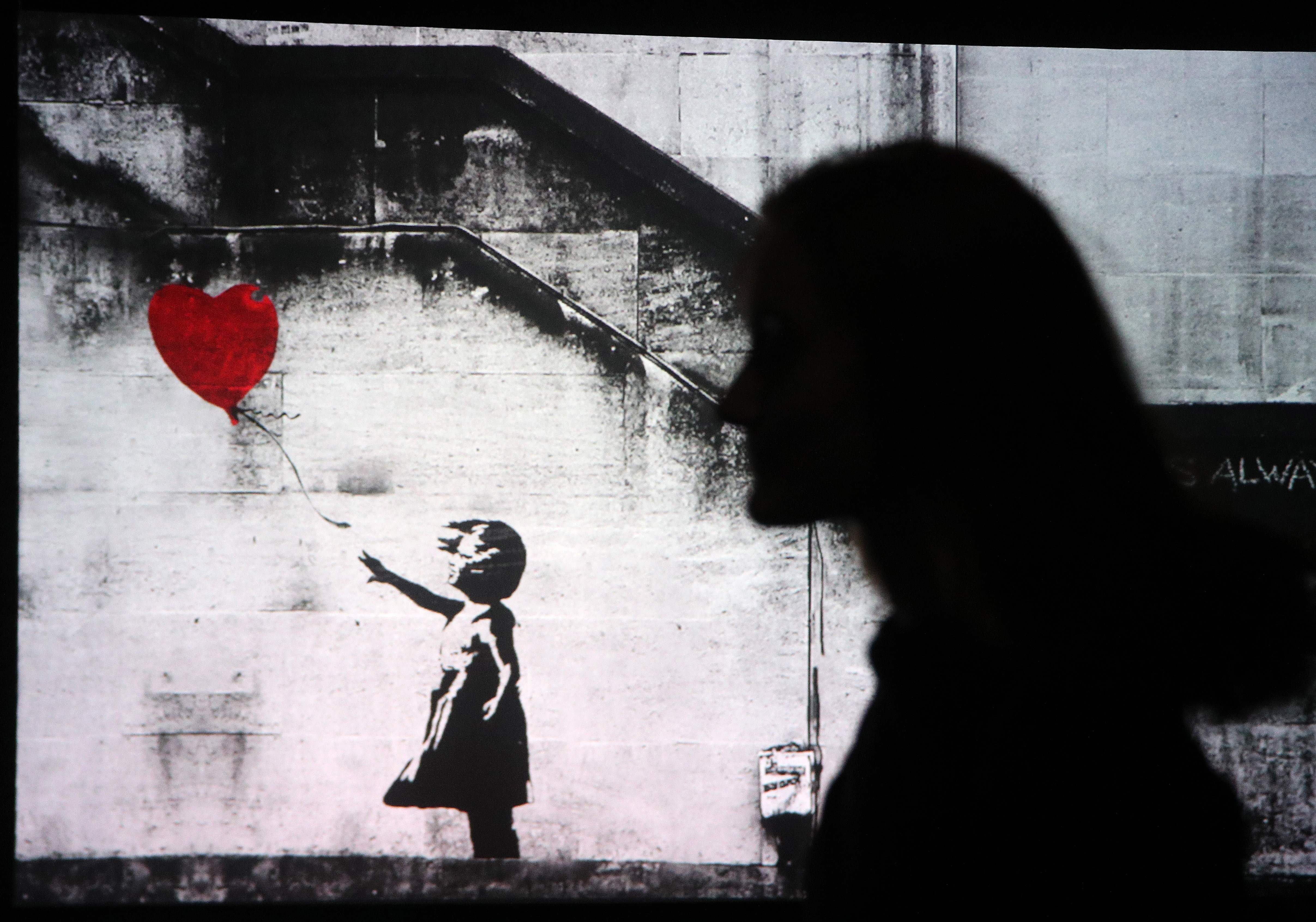 Obra Red Heart Baloon do artista Banksy (Foto: getty)