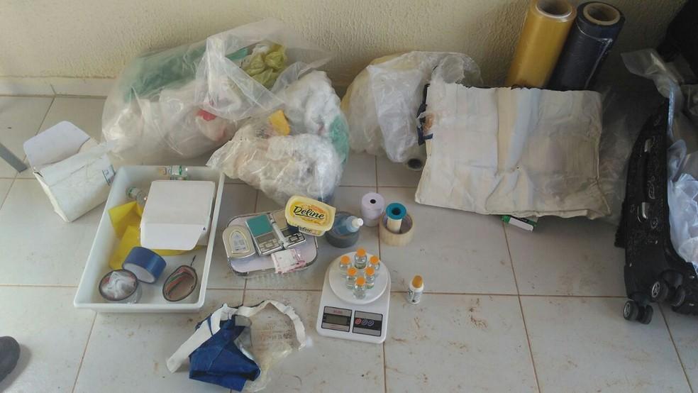Laboratório foi descoberto nesta quinta-feira (17) (Foto: Divulgação/PM)