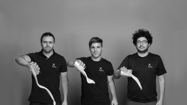 Fundadores da NotCo: Karim Pichara, Matías Muchnick e Pablo Zamora (Foto: Divulgação)