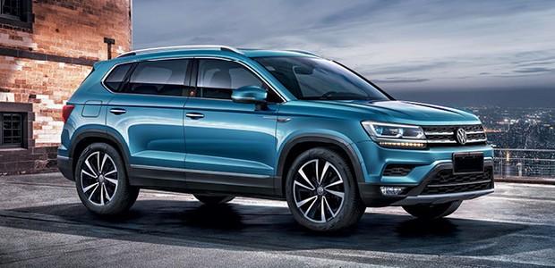 Volkswagen Tarek - O desenho é tradicionalista e lembra o Tiguan e o maior SUV Atlas, vendido na China como Teramont e sem previsão de ser lançado no Brasil (Foto: Divulgação)