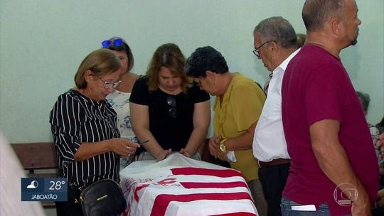 Náutico anuncia série de homenagens ao ex-lateral Gena