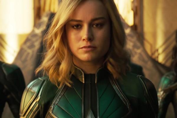 A atriz Brie Larson em cena de Capitã Marvel (Foto: Reprodução)