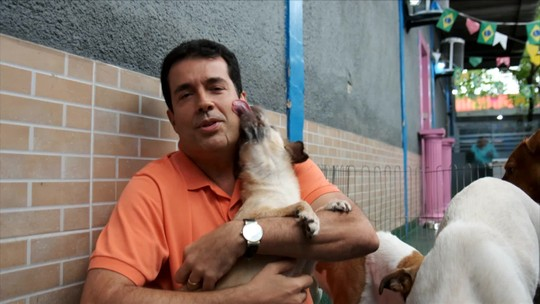 Fala, Trigueiro! Entre lambidas e erros de gravação, André falou sobre animais domésticos