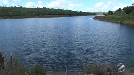 Moradores enfrentam racionamento e têm água a cada 2 dias no sudoeste
