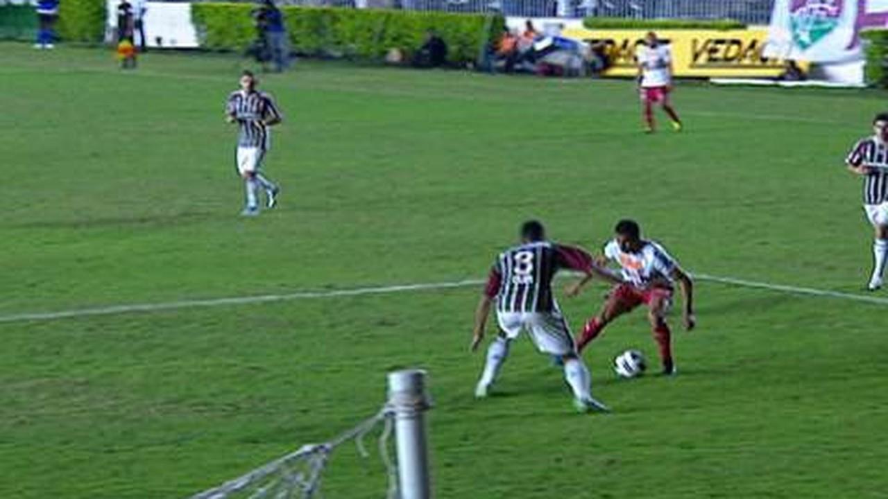 Em 2011, outro adversário carioca, e dessa vez o Tricolor levou a melhor: Fluminense 0 x 2 São Paulo