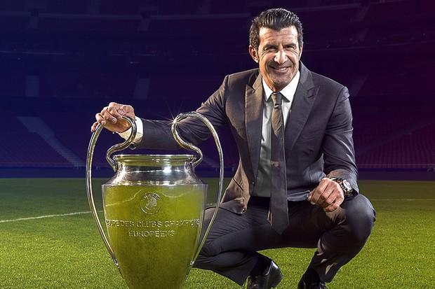 Luís Figo em ação da Champions League (Foto: reprodução)