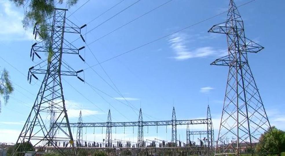 Energia elétrica teve alta de 4,91% no mês, pressionando a inflação. — Foto: Reprodução/EPTV