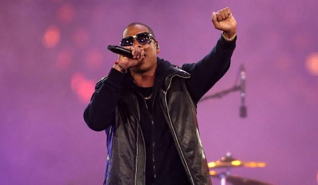 O rapper Jay-Z se apresentando (Foto: Getty Images)