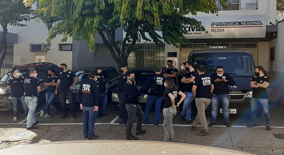 Manifestação da classe em Viçosa — Foto: Sindpol/Divulgação