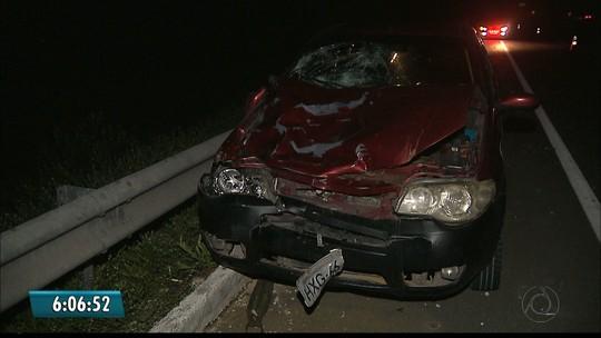 Duas mulheres morrem e uma fica ferida após serem atropeladas por carro na BR-101 na PB