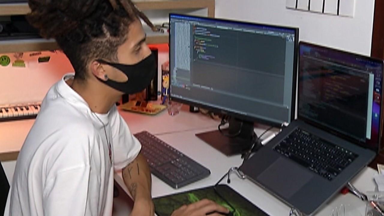 Excesso de reuniões on-line oferece riscos para a saúde, alerta especialista